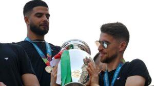 2นักเตะเชลซีจับมือเข้าทำเนียบ แชมป์ยุโรประดับชาติ และสโมสรในปีเดียวกัน